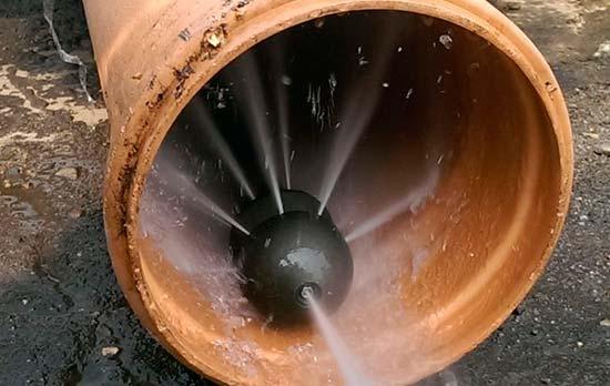 Картинки по запросу Промышленная очистка канализационных труб